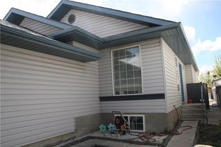Photo 3: 789 APPLEWOOD Drive SE in Calgary: Applewood Park House for sale : MLS®# C4118387
