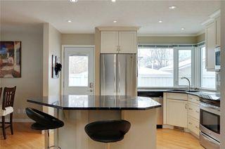 Photo 7: 51 MIDGLEN Road SE in Calgary: Midnapore House for sale : MLS®# C4119988