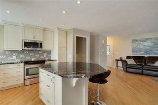 Photo 8: 51 MIDGLEN Road SE in Calgary: Midnapore House for sale : MLS®# C4119988