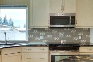 Photo 9: 51 MIDGLEN Road SE in Calgary: Midnapore House for sale : MLS®# C4119988
