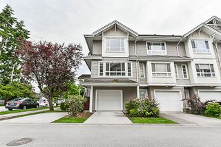 Photo 2: 12 5255 201A STREET in Langley: Langley City Townhouse for sale : MLS®# R2174098