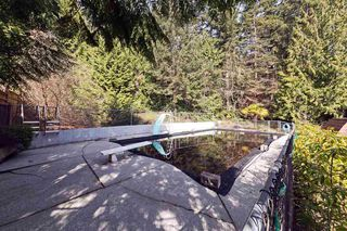 Photo 19: 6674 SUNSHINE COAST HIGHWAY in Sechelt: Sechelt District House for sale (Sunshine Coast)  : MLS®# R2153665
