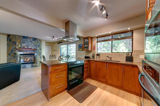 Photo 12: 6674 SUNSHINE COAST HIGHWAY in Sechelt: Sechelt District House for sale (Sunshine Coast)  : MLS®# R2153665