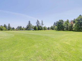 """Photo 15: 107 15272 19 Avenue in Surrey: King George Corridor Condo for sale in """"PARKVIEW"""" (South Surrey White Rock)  : MLS®# R2183797"""