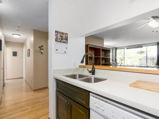 """Photo 6: 107 15272 19 Avenue in Surrey: King George Corridor Condo for sale in """"PARKVIEW"""" (South Surrey White Rock)  : MLS®# R2183797"""