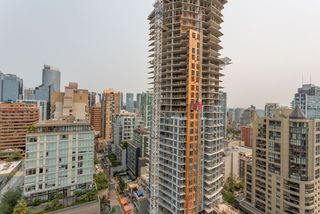 """Photo 14: 2105 1308 HORNBY Street in Vancouver: Downtown VW Condo for sale in """"SALT"""" (Vancouver West)  : MLS®# R2194080"""