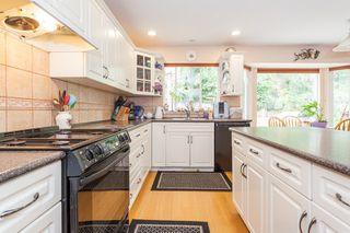 Photo 2: 10621 WESTSIDE Drive in Delta: Nordel House for sale (N. Delta)  : MLS®# R2194744