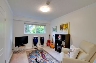 """Photo 11: 5376 FOREST Street in Burnaby: Deer Lake Place House for sale in """"DEER LAKE PLACE"""" (Burnaby South)  : MLS®# R2212663"""