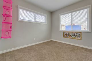 Photo 17: SERRA MESA House for sale : 4 bedrooms : 3044 Greyling Dr in San Diego
