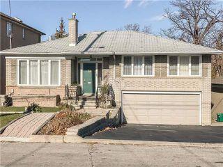Main Photo: 34 Gracefield Avenue in Toronto: Maple Leaf House (Sidesplit 3) for sale (Toronto W04)  : MLS®# W4002203