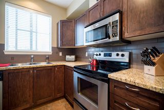 Photo 6: 303 2336 WHYTE AVENUE in Port Coquitlam: Central Pt Coquitlam Condo for sale : MLS®# R2138172