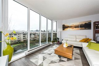 "Photo 4: 514 456 MOBERLY Road in Vancouver: False Creek Condo for sale in ""PACIFIC COVE"" (Vancouver West)  : MLS®# R2236509"