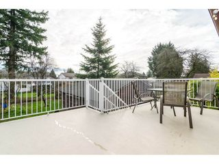 "Photo 2: 9718 153A Street in Surrey: Guildford House for sale in ""Guildford"" (North Surrey)  : MLS®# R2244918"