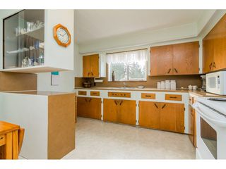 "Photo 9: 9718 153A Street in Surrey: Guildford House for sale in ""Guildford"" (North Surrey)  : MLS®# R2244918"