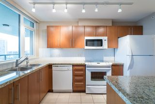 """Photo 2: 2103 2138 MADISON Avenue in Burnaby: Brentwood Park Condo for sale in """"MOSAIC Renaissance"""" (Burnaby North)  : MLS®# R2257836"""