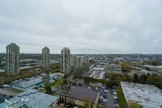 """Photo 1: 2103 2138 MADISON Avenue in Burnaby: Brentwood Park Condo for sale in """"MOSAIC Renaissance"""" (Burnaby North)  : MLS®# R2257836"""