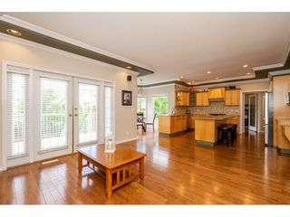 Photo 11: 5151 223B Street in Langley: Murrayville House for sale : MLS®# R2279000