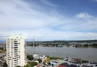 "Photo 2: 1305 420 CARNARVON Street in New Westminster: Downtown NW Condo for sale in ""Victoria Garden"" : MLS®# R2290669"