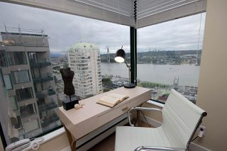 "Photo 5: 1305 420 CARNARVON Street in New Westminster: Downtown NW Condo for sale in ""Victoria Garden"" : MLS®# R2290669"