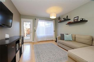 Photo 3: 7 48 Montreal St in VICTORIA: Vi James Bay Row/Townhouse for sale (Victoria)  : MLS®# 794940