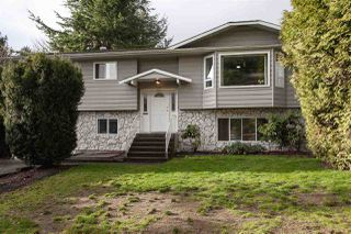 "Photo 1: 5811 ANGUS Place in Surrey: Cloverdale BC House for sale in ""Jersey Hills"" (Cloverdale)  : MLS®# R2326051"
