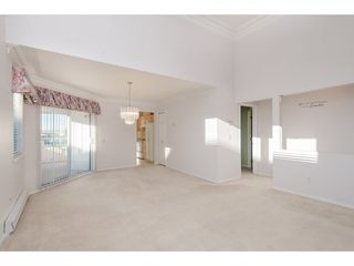 """Photo 5: 301 46000 FIRST Avenue in Chilliwack: Chilliwack E Young-Yale Condo for sale in """"First Park Ave"""" : MLS®# R2327043"""