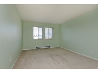 """Photo 8: 301 46000 FIRST Avenue in Chilliwack: Chilliwack E Young-Yale Condo for sale in """"First Park Ave"""" : MLS®# R2327043"""