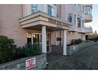 "Photo 2: 301 46000 FIRST Avenue in Chilliwack: Chilliwack E Young-Yale Condo for sale in ""First Park Ave"" : MLS®# R2327043"