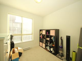 """Photo 8: 314 7418 BYRNEPARK Walk in Burnaby: South Slope Condo for sale in """"Green"""" (Burnaby South)  : MLS®# R2330212"""