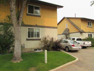 Photo 2: 157 Woodstock in Edmonton: Zone 20 Townhouse for sale : MLS®# E4139515