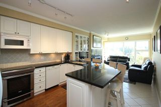 "Photo 2: 601 1400 VIEW Crescent in Delta: Beach Grove Condo for sale in ""LA MIRAGE"" (Tsawwassen)  : MLS®# R2335364"