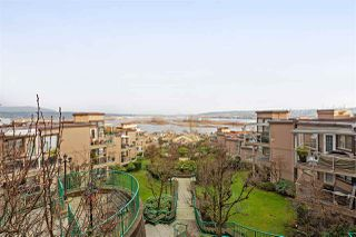 """Photo 15: 608 70 RICHMOND Street in New Westminster: Fraserview NW Condo for sale in """"GOVERNOR'S COURT"""" : MLS®# R2335664"""