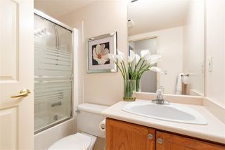 """Photo 12: 608 70 RICHMOND Street in New Westminster: Fraserview NW Condo for sale in """"GOVERNOR'S COURT"""" : MLS®# R2335664"""