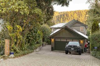 Photo 2: 6454 WELLINGTON Avenue in West Vancouver: Horseshoe Bay WV House for sale : MLS®# R2337871