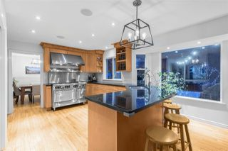 Photo 3: 6454 WELLINGTON Avenue in West Vancouver: Horseshoe Bay WV House for sale : MLS®# R2337871