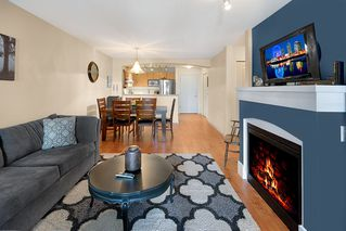 Photo 1: 301 2958 SILVER SPRINGS Boulevard in Coquitlam: Westwood Plateau Condo for sale : MLS®# R2345874