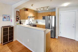 Photo 8: 301 2958 SILVER SPRINGS Boulevard in Coquitlam: Westwood Plateau Condo for sale : MLS®# R2345874