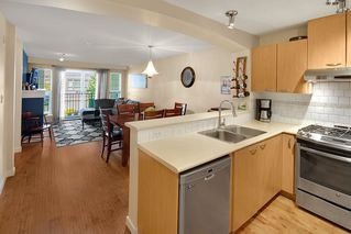 Photo 10: 301 2958 SILVER SPRINGS Boulevard in Coquitlam: Westwood Plateau Condo for sale : MLS®# R2345874