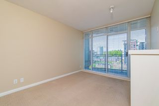 Photo 7: 1807 888 CARNARVON Street in New Westminster: Downtown NW Condo for sale : MLS®# R2363931