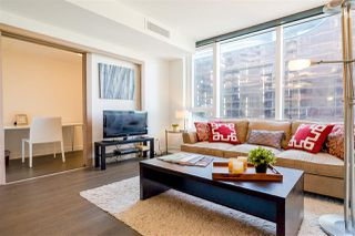 "Photo 3: 655 38 SMITHE Street in Vancouver: Downtown VW Condo for sale in ""ONE PACIFIC"" (Vancouver West)  : MLS®# R2365074"