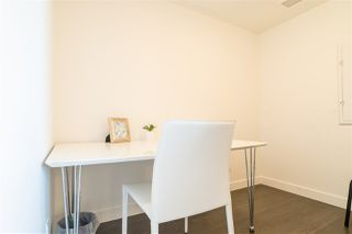 "Photo 13: 655 38 SMITHE Street in Vancouver: Downtown VW Condo for sale in ""ONE PACIFIC"" (Vancouver West)  : MLS®# R2365074"