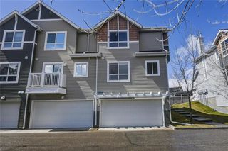 Photo 3: 85 TUSCANY Court NW in Calgary: Tuscany Row/Townhouse for sale : MLS®# C4243968