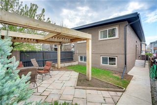 Photo 15: 3810 1 Street NW in Calgary: Highland Park Semi Detached for sale : MLS®# C4245221