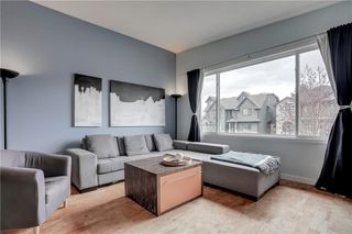 Photo 2: 3810 1 Street NW in Calgary: Highland Park Semi Detached for sale : MLS®# C4245221