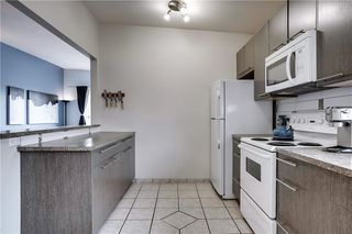 Photo 6: 3810 1 Street NW in Calgary: Highland Park Semi Detached for sale : MLS®# C4245221