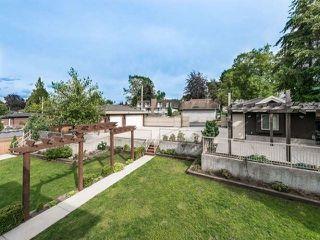 Photo 17: 7770 NURSERY Street in Burnaby: Burnaby Lake House for sale (Burnaby South)  : MLS®# R2377046