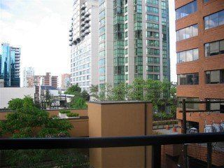 Photo 12: 609 1189 Howe Street in Vancouver: Downtown Home for sale ()  : MLS®# V539344