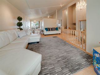 Photo 4: 1736 62 Street in Edmonton: Zone 29 House for sale : MLS®# E4160700