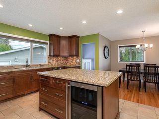 Photo 12: 5204 BAINES Road NW in Calgary: Brentwood Detached for sale : MLS®# C4253747