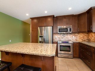 Photo 11: 5204 BAINES Road NW in Calgary: Brentwood Detached for sale : MLS®# C4253747